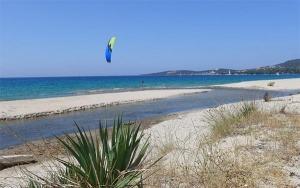 kitesurf en méditerranée et tourisme - ajaccio