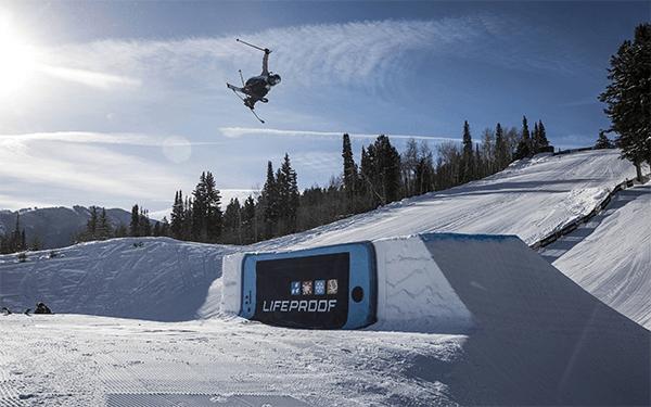 Tess Ledeux- ski slopestyle - saut