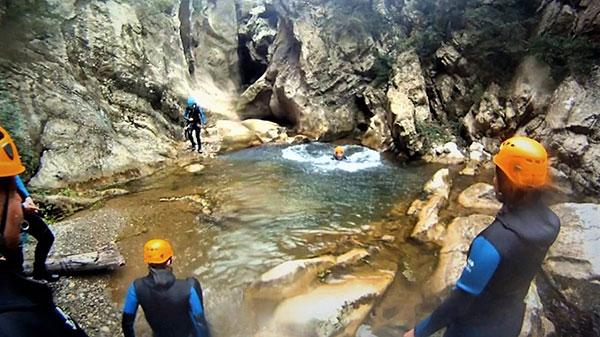 Canyoning - activites sportives originales