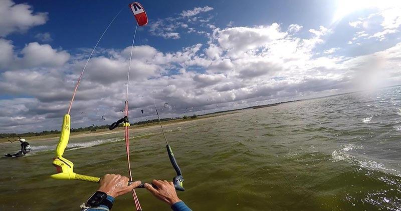 kitesurf sur la cote atlantique - lac d hourtin