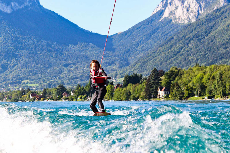 activités annecy wakeboard