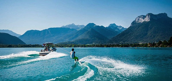 activités sportives wakeboard annecy