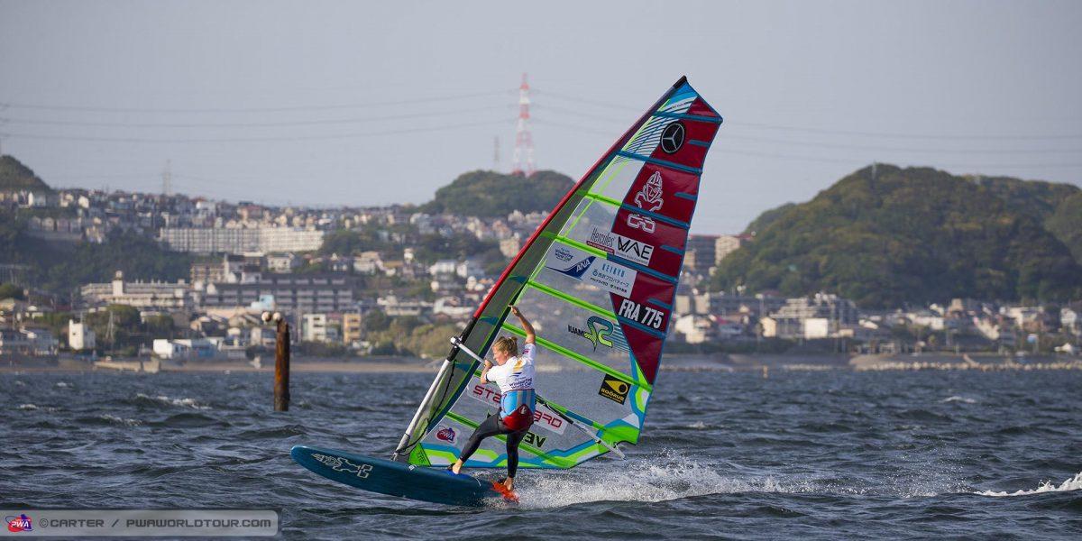 Delphine Cousin championne de windsurf slalom