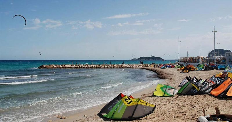 kiteboarding in the mediterranean - La Ciotat