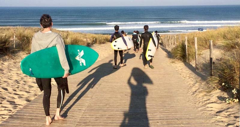 surfing on the atlantic coast - le truc vert