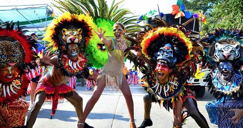 carnaval barranquilla - pendant un kitesurf trip en Colombie