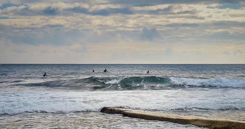 Surf en Mediterranée - sausset les pins