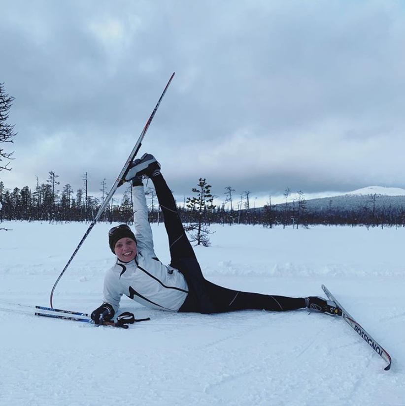 Faire du yoga à la montagne ? Découvrez le Snowga !