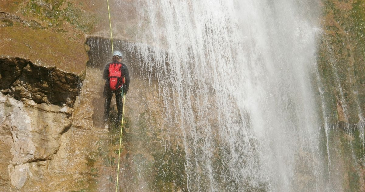 définition canyoning