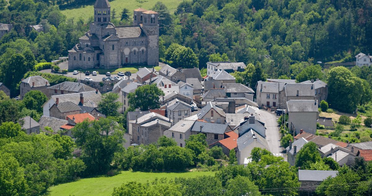 GR30 Saint Nectaire village randonnée